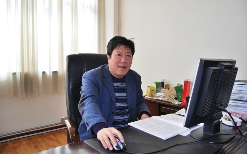 郑世清 教授